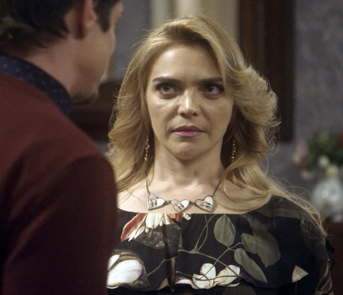 Antonio se desculpa com Ruty Raquel (Foto: TV Globo)