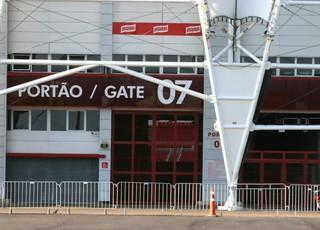 Técnico interino promove treino fechado no Beira-Rio (Foto: Tomás Hammes )