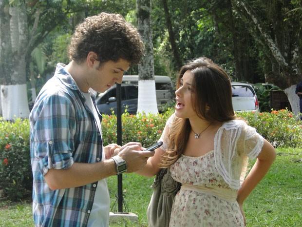 Cristal diz a Gabriel que eles precisam se casar (Foto: Divulgação/TV Globo)