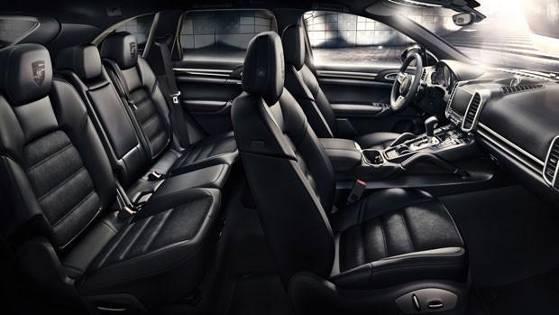 Porsche  Cayenne Platinum Edition interior (Foto: Divulgação)