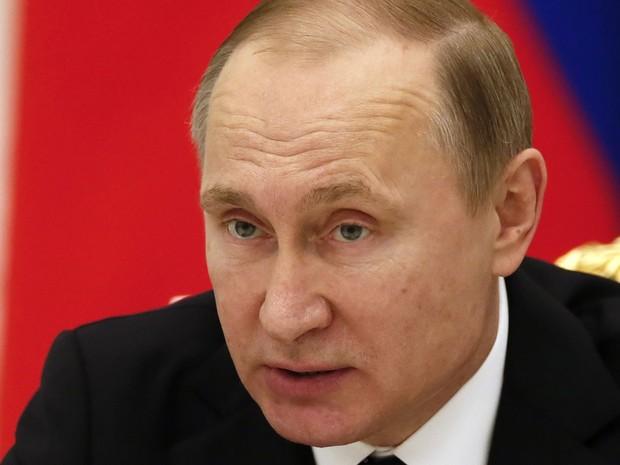 O presidente da Rússia, Vladimir Putin, participa de encontro do Conselho Presidencial para Ciência e Educação, no Kremlin, em Moscou, na quinta (21) (Foto: Sergei Ilnitsky/Pool/AFP)