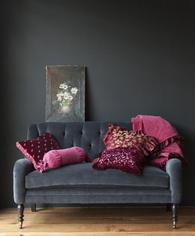 sofá cinza (Foto: Reprodução/Pinterest)