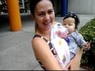 Mãe de Sofia se emociona durante o primeiro passeio da vida da filha