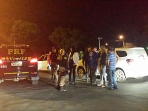 Conselheiros tutelares também participaram da operação em Teresina (Foto: Divulgação/PRF)