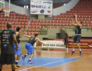 pedro macedo ala mogi basquete treino 26.11 (Foto: Rodrigo Mariano)