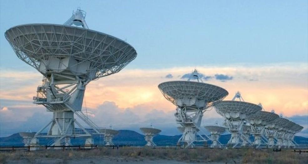 Observatório VLA no Estado americano do Novo México permitiu identificar as ondas de rádio em alta resolução  (Foto: NRAO)