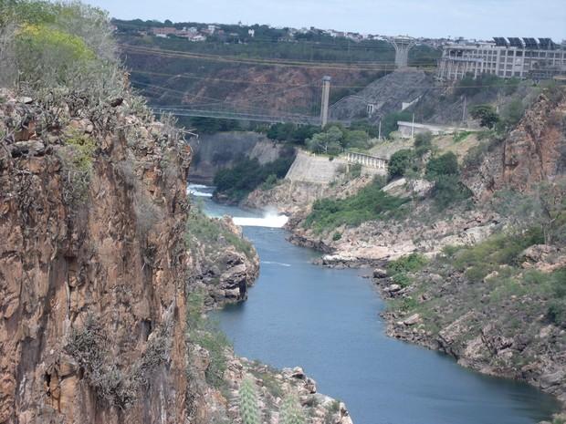 Do passado para o presente, Angiquinho é desativada após construção de nova hidrelétrica da Chesf  (Foto: Waldson Costa/ G1)