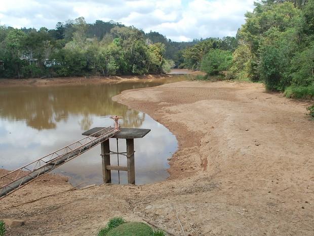 Reservatório da UFV no dia 9 de setembro de 2016  (Foto: SAAE/Divulgação)