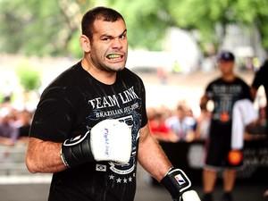 Gabriel Napão no treino aberto do UFC São Paulo (Foto: Marcos Ribolli / Globoesporte.com)