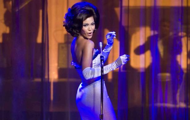 Beyoncé quis emagrecer para atuar em 'Dreamgirls: Em Busca de um Sonho' (2006) e radicalizou: bebia apenas água, suco de limão, e líquidos à base de xarope de maçã e pimenta-caiena. (Foto: Divulgação)