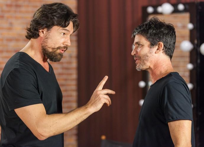Ricardo Macchi e o diretor Daniel Herz falam sobre o personagem do ator (Foto: Artur Meninea/Gshow)