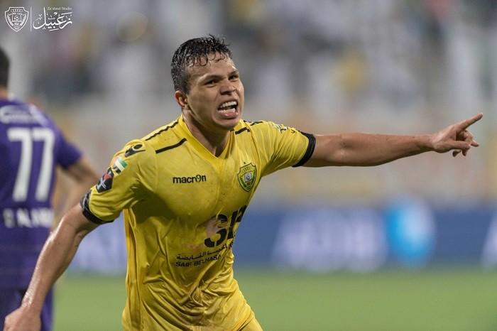 BLOG: Ex-Vasco marca sentado nos acréscimos e garante virada após 3 a 0 nos Emirados