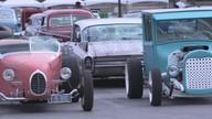 Evento em Las Vegas tem carros customizados dos anos 60