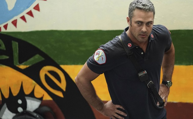 "Chicago Fire - ""Ignite on Contact"" (2Ep6T)"
