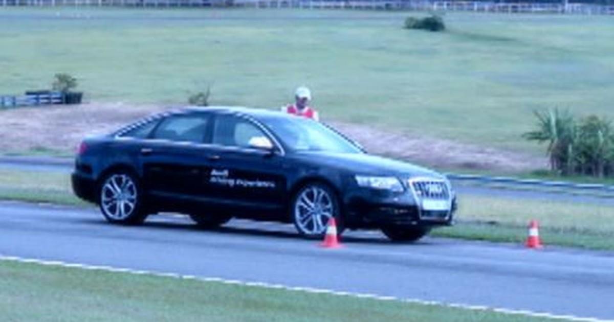 Curso de pilotagem de carros