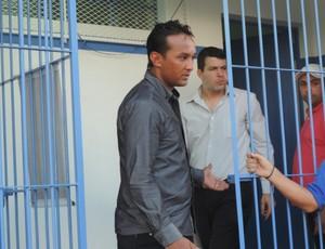 Ederson Martins Deodato árbitro Osvaldo Cruz x Bandeirante  (Foto: Ronaldo Nascimento / GloboEsporte.com)