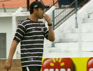Moisés Egert, técnico do União Barbarense (Foto: Carlos Velardi / EPTV)