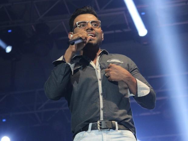 Músicas de Pablo emocionaram público durante show no Studio 5  (Foto: Jamile Alves/G1 AM)