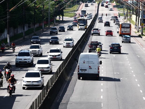 Trânsito Belém veículos licenciamento carros avenida  (Foto: Divulgação/Agência Pará)
