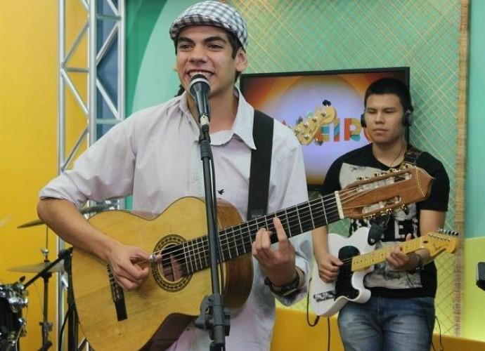 Dudu Brasil traz a música de berço (Foto: Katiúscia Monteiro/ Rede Amazônica, )