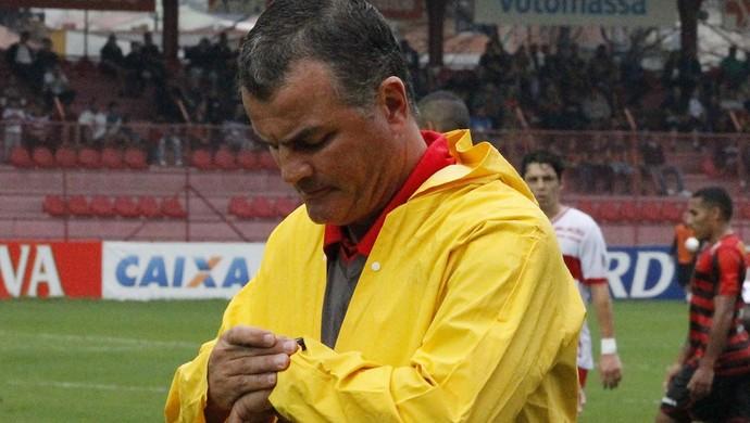 Mazola Júnior, técnico do CRB (Foto: Júnior de Melo/ Assessoria do CRB)