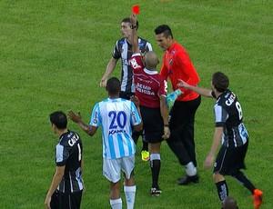 FRAME Expulsão Michel Benhami ABC Macaé (Foto: Reprodução/Inter TV Cabugi)