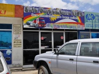 Empresa irregular foi fechada em Vitória de Santo Antão (Foto: Divulgação/Polícia Federal)