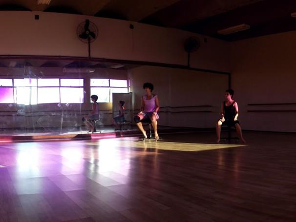 """Cia de Dança ensaiando """"Corpos Móveis"""", com estréia marcada para 11 de maio (Foto: Yuri Corrêa)"""