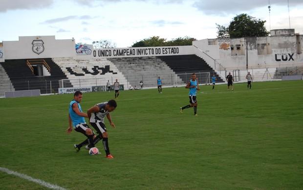 Coletivo do Treze no PV (Foto: Silas Batista / Globoesporte.com/pb)