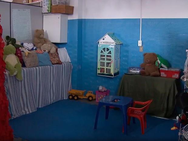 Creche que atende crianças com HIV funciona no bairro da Liberdade, em Salvador (Foto: Reprodução/TV Bahia)