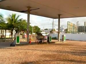Posto do Governo do Estado fez racionamento de gasolina nesta quarta (Foto: Reprodução/Inter TV Cabugi)
