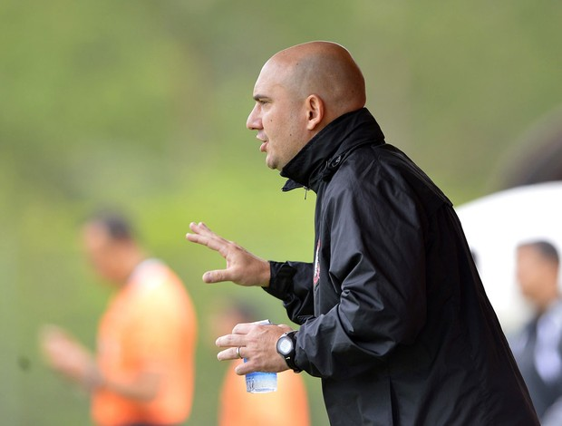 Marcio Zanardi, técnico da base do Corinthians