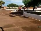 Vídeo mostra briga envolvendo pelo menos seis garotas em Rio Verde, GO