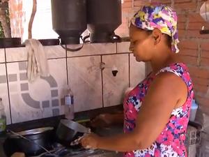 Moradores mudaram rotina por causa da falta de água em Chapada da Natividade (Foto: Reprodução/TV Anhanguera)