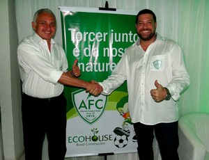 Washington Fernandes e Anthony Armstrong, vice-presidente e presidente do Alecrim (Foto: Gabriel Peres)