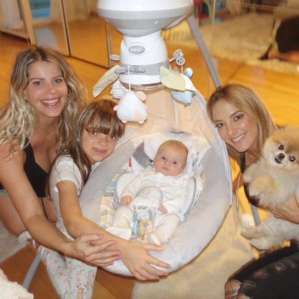 Ticiane Pinheiro, Karina Bacchi, Rafinha Justus e Enrico (Foto: Reprodução/Instagram)
