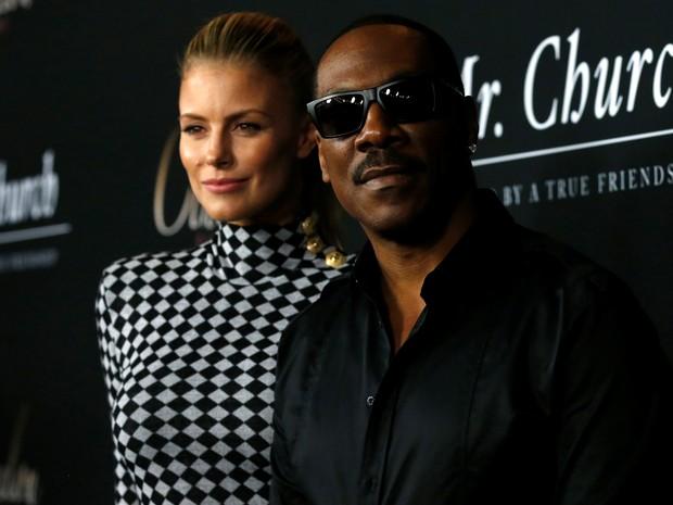 Paige Butcher e Eddie Murphy em première em Los Angeles, nos Estados Unidos (Foto: Mario Anzuoni/ Reuters)