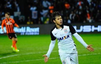 Com dois gols de Romero, Corinthians bate o Shakhtar na 1ª vitória do ano