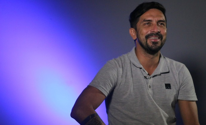 Luís Mário, ex-atacante do Grêmio, fala sobre o Gre-Nal 350 (Foto: André Roca / GloboEsporte.com)