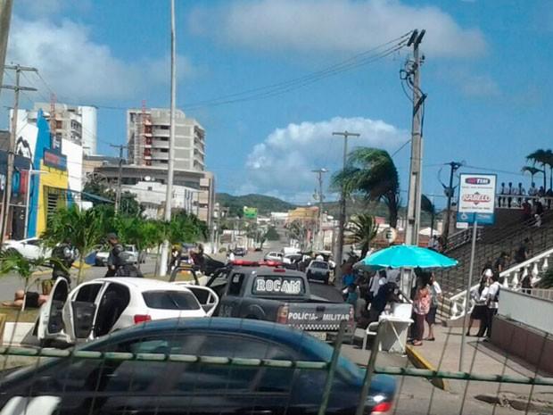 Perseguição terminou na avenida Senador Salgado Filho, onde torcedores do ABC foram presos (Foto: Sérgio Henrique Santos/G1)