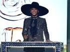 Beyoncé recebe prêmio de ícone fashion em cerimônia nos EUA