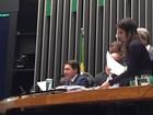 Um dia após Maranhão ser hostilizado, 2º vice preside sessão da Câmara