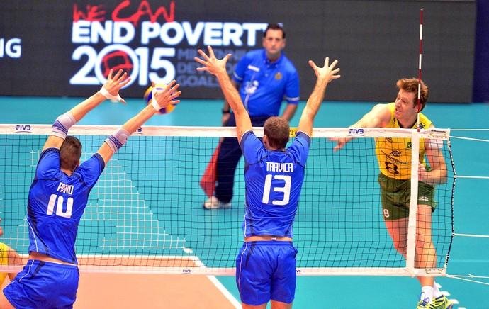 vôlei murilo brasil e Itállia liga mundial (Foto: FIVB)