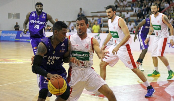 Paulistano x Mogi - Jogo 3 - semifinal paulista de basquete (Foto: Antonio Penedo/Helbor)