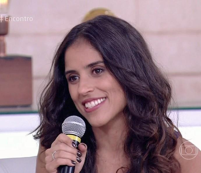 Camila Camargo conta tudo sobre o desfile da Imperatriz Leopoldinense (Foto: TV Globo)