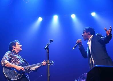 George Israel e Toni Garrido: dupla canta junto na abertura da nova temporada do projeto On The Rock  (Foto: Divulgação)