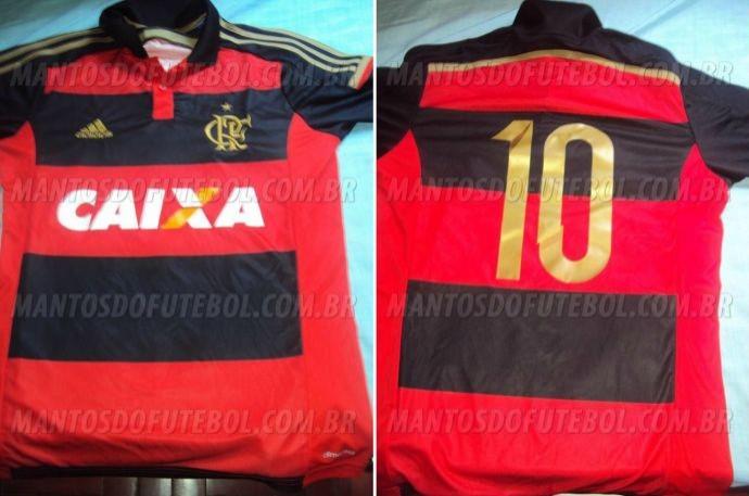 Camisa do Flamengo com detalhes dourados (Foto: Reprodução)