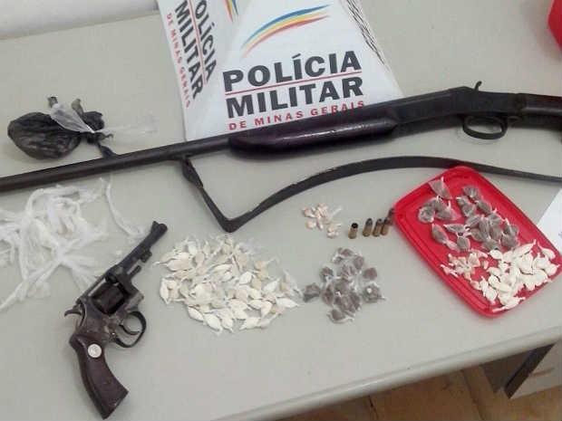 Apreensão em operação em PM Chácara (Foto: PM Chácara / Divulgação)