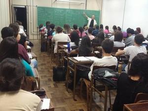 Cursinho solidário foi criado em 2002 e já atendeu mais de dois mil alunos (Foto: Divulgação/ONG)