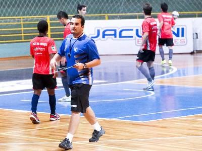 técnico foz cataratas futsal fabinho gomes (Foto: Divulgação/Federação Paranaense de Futsal)